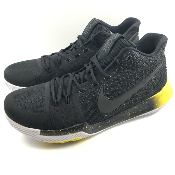 cheap for discount 95ae0 347c2 Nike Air Kyrie 3 Mamba NWT